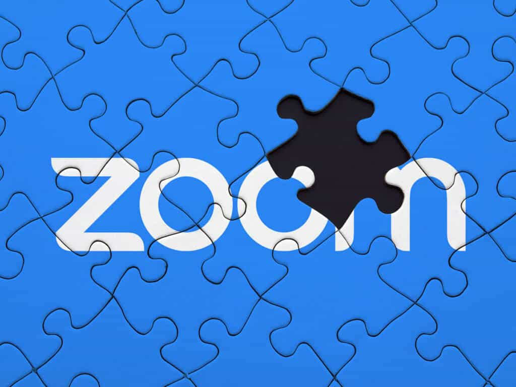 Zoom jigsaw with missing piece